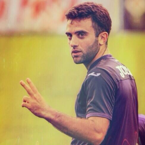 Hoy más que nunca estamos con vos PEPITO..te esperamos para seguir disfrutando de tus goles amigo..@GiuseppeRossi22 http://t.co/RHuAhPJMpN