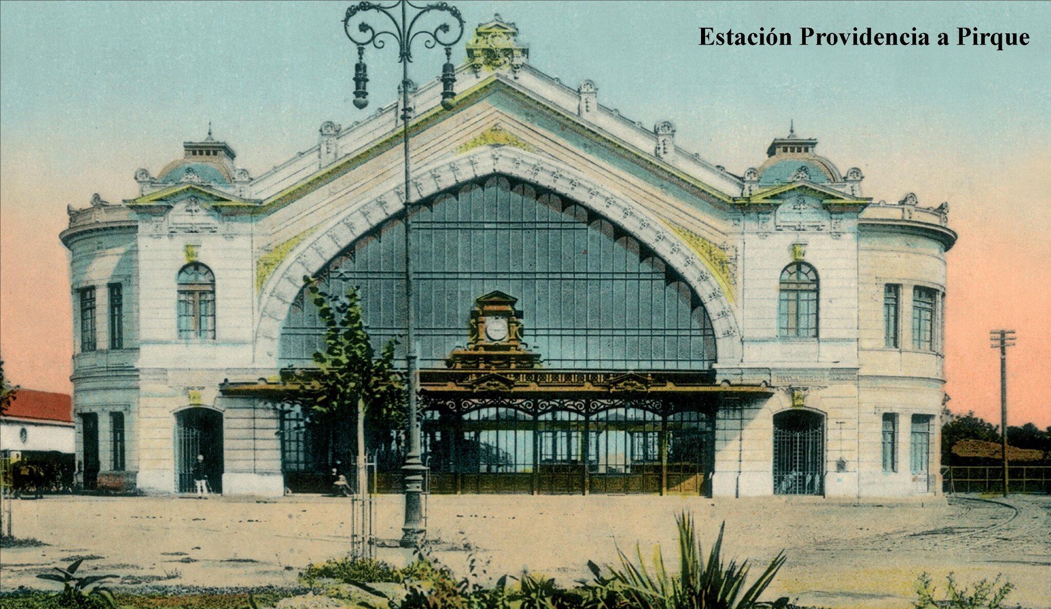 #Santiago Estación Providencia a Pirque, construida entre 1905 y 1910, demolida en 1943. Ubicada en Parque Bustamante http://t.co/W2BBkwdDtX