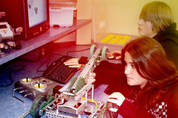 #Autodesk is granting the world's best 3D design software to schools that teach STEM. http://t.co/pDnZMWGwwe http://t.co/XB6XHySnVR