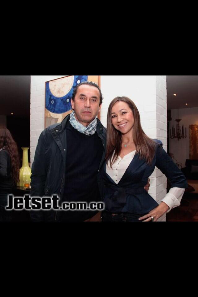 RT @nicolaspetroB: Darcy Quinn y su esposo Alberto R?os, el zar de las basuras, periodismo sin ?tica profesional #NoM?sCaracolRadio http://?
