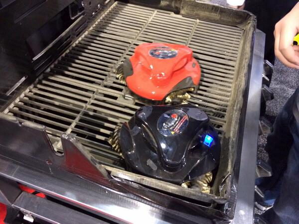 What a time to be alive! FINALLY, a grill-cleaning robot http://t.co/IUCYXwqhKK http://t.co/8720gQutvm