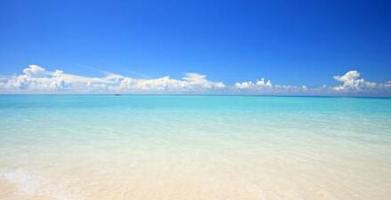 RETWEET if you wish you were here. http://t.co/qqnpy6YrW7 http://t.co/aRt1ahLOqa