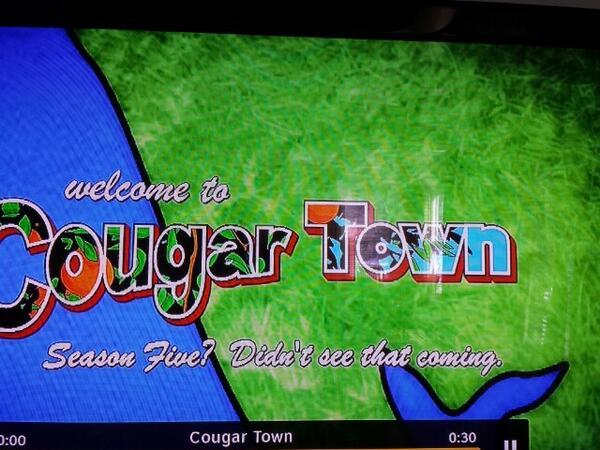 So happy @CougarTownTBS is baaaaack! #PennyCan #LookAtMyRing #TruthGun http://t.co/l8WaBSTS3V