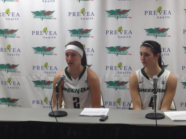 The two 20-point scorers @kaililukan and @teshh_buck12 talking to the media about the Phoenix #HLWBB opener over UIC http://t.co/HDVzOX4IwI