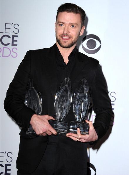 La noche de Justin Timberlake en los People's Choice http://t.co/8mit3BxZN3 http://t.co/OIGXaiyRAb