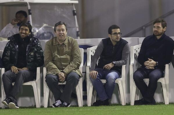 BdiDEZECAAEFfLU Ex Spurs boss AVB hangs out with Pep Guardiola and Bayern Munich in Doha [Pictures]