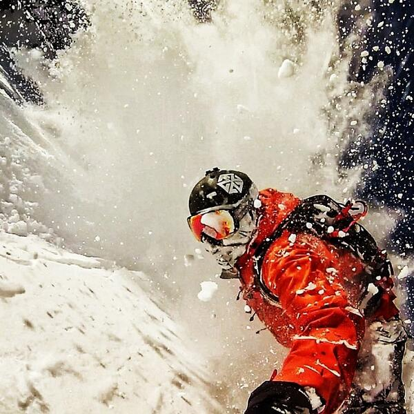 Powder explosion with @Avalon7 with @Robkingwill. http://t.co/yFCeoFwHzC