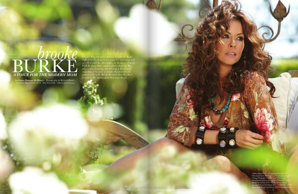 #TBT #ThrowbackThursday - The stunning @brookeburke in our Summer 2010 issue of #bhlmag - Absolutely Beautiful! http://t.co/5TdX9qjUx6