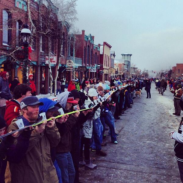 World record for largest ever shot ski set in #Breck today at Ullr Fest, courtesy of @breckdistillery & @GoBreck! http://t.co/KqlMRSCdst