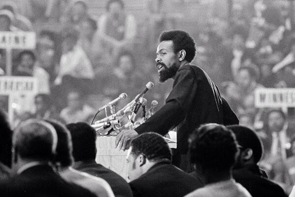 Rest in peace amiri baraka. As you join the ancestors, your words and deeds will remain in our hearts http://t.co/y1r0v5CLKw