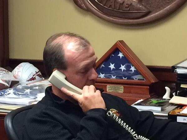 Jimbo Fisher on phone right now w/ @BarackObama. The President called to congratulate #Noles on their national title http://t.co/FOO8TLOEW8