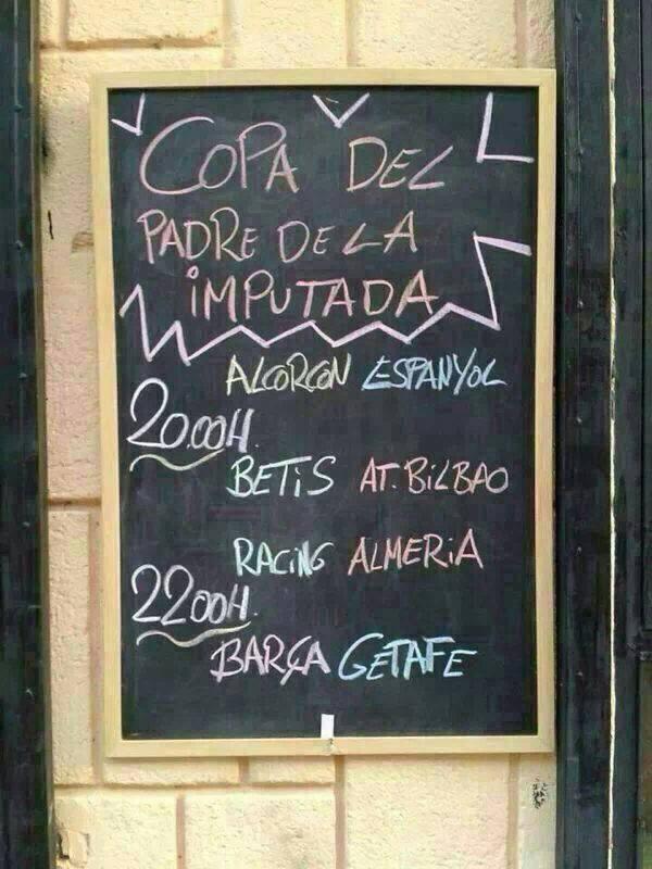 Así se anuncian en un bar de Sevilla los partidos de la Copa del Rey (vía @ccentenoc): http://t.co/XzieCKfjOj