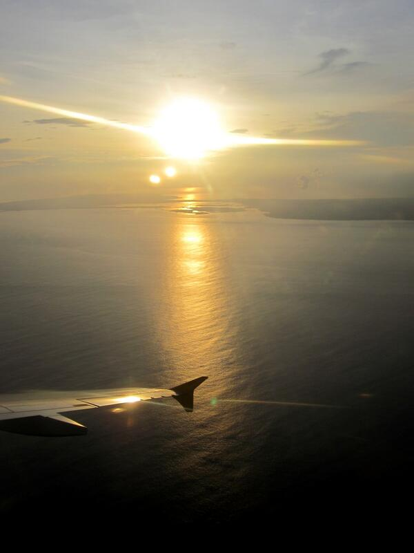Sunset Panorama from Cabin RI 594 to DPS @tigerairmandala http://t.co/km0fZVOuaN