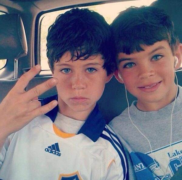 Aww, Nash and Hayes were so cute! http://t.co/utqoxk6JSJ