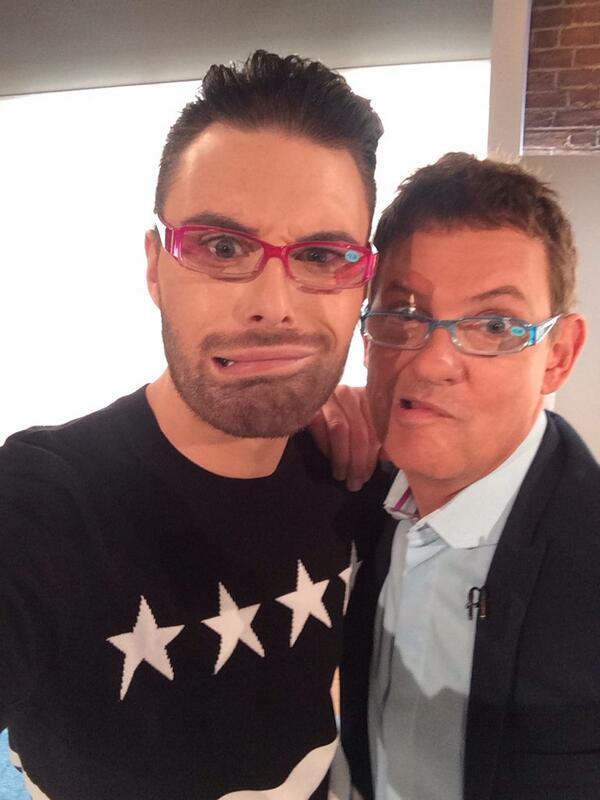 We're loving the pound land glasses @5WrightStuff x http://t.co/ZQZshlpCbG
