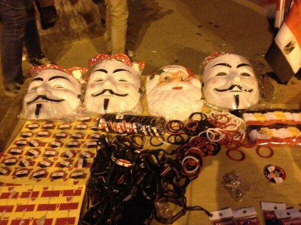 Trying to comprehend a world where both Santa & V for Vendetta are pro-Sisi. My head hurts... http://t.co/SVfTgHS6Qv