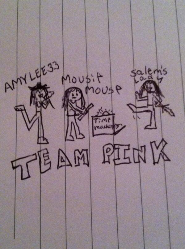 RT @kkgreycat: @AmyLee_thirty3  @SalemsLady  @MissMousieMouse  Here's my attempt at fan art! Enjoy! <3 http://t.co/VHAA2sd73S