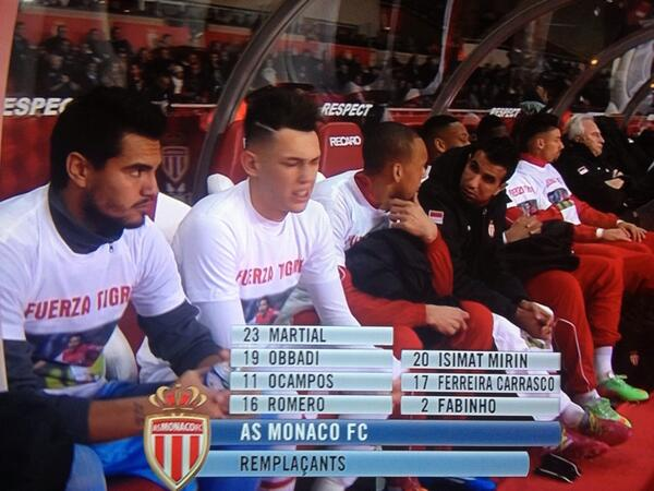 Be7m8JUIUAAkPQO Radamel Falcao watches from hospital bed as Monaco players wear Fuerza Tigre shirts in support [Pictures]