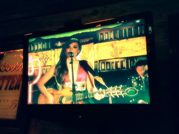 Wooohooo LOVE seeing @KaceyMusgraves perform on @TheGRAMMYs! You represent girl! #countrymusic http://t.co/D3gZvHtpVq