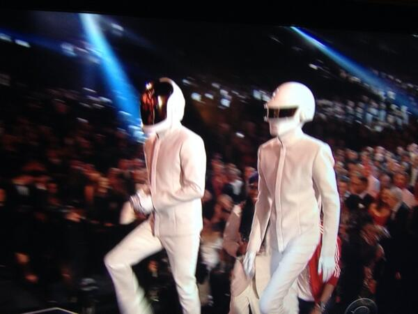 How does this speech work? #Grammys http://t.co/v5q2arousI