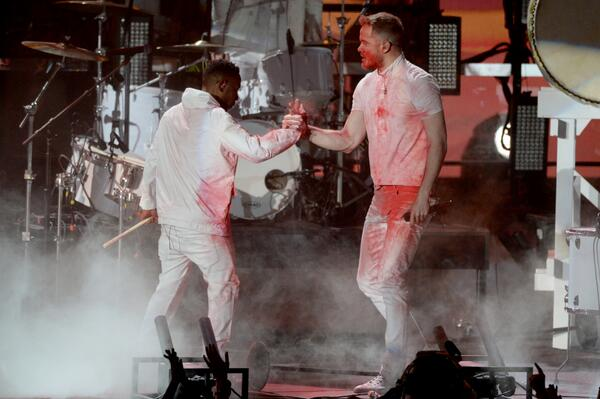 What a collab! @KendrickLamar and @ImagineDragons #Grammys http://t.co/CgrYW2mWlk