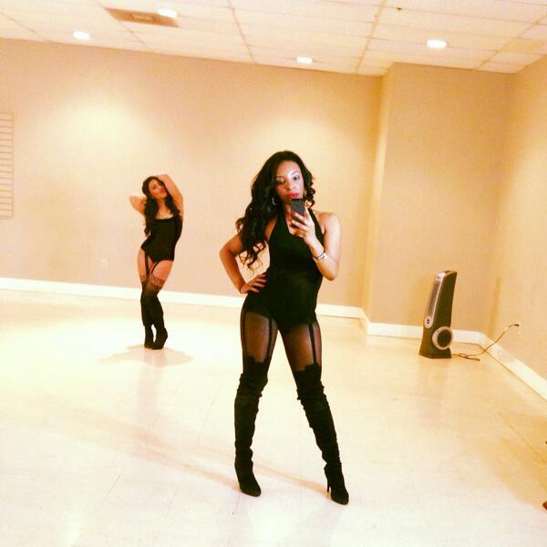 My girl @aignerxo and i last night at DJ Dirty Rae Video shoot ! #dancelife http://t.co/f7BxGaRHUJ