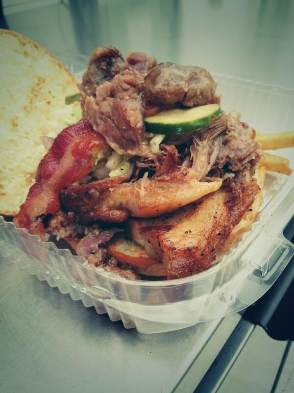 """Hog Heaven"":  belly, bacon, shoulder, cheeks, napa slaw, house pickle, brioche @TheWhirlyPig. WHOA. NELLY! http://t.co/nRCtUPtLXb"