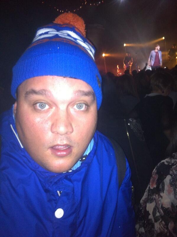 I got @CharlieSloth to the @JamesArthur23 gig lol - Just seen @edsheeran Zane @zanelowe http://t.co/oGfd2NoC6T