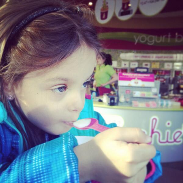 It takes a lot of concentration to savor every bite of @MenchiesHoughPl! :) http://t.co/6JrnuR0YWB
