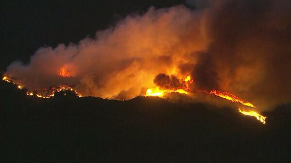 Brush Fire near Glendora,  upgraded to 3rd alarm #COLBYIC  4-5/acres moderate rate of spread and brush. #ktla pic: http://t.co/6H0Kj1ej3G