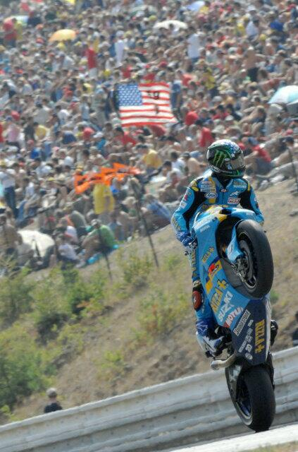 #ThrowbackThursday Brno @MotoGP 2007 just after finishing 2nd on board the Rizla Suzuki ! #GoodTimes http://t.co/kA80Pm5eGp