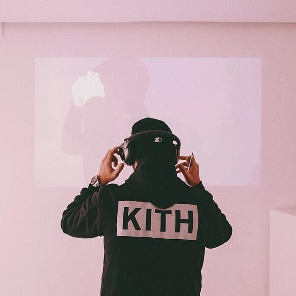 @ronniefieg release day of the #COA Puma disc's , at the Kith Paris popup store. http://t.co/aTH51y6KJK