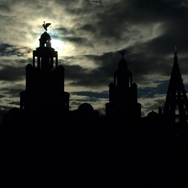 RT @Linda_Pizzuti: Good afternoon, Liverpool http://t.co/zSln02TiXJ