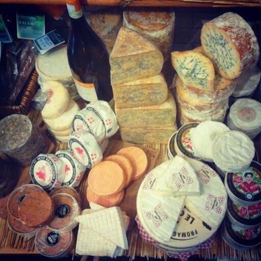 We're having a wee cheese sale this weekend in our Dublin shop (11 Sth Anne St) 33% off a select number of cheeses! http://t.co/OnnfhlCYYq