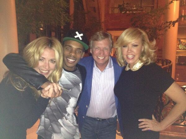 The #SYTYCD gang after the final day in Atlanta ! Thanks Atlanta for your great hospitality @DANCEonFOX http://t.co/Q2QOieIEY1