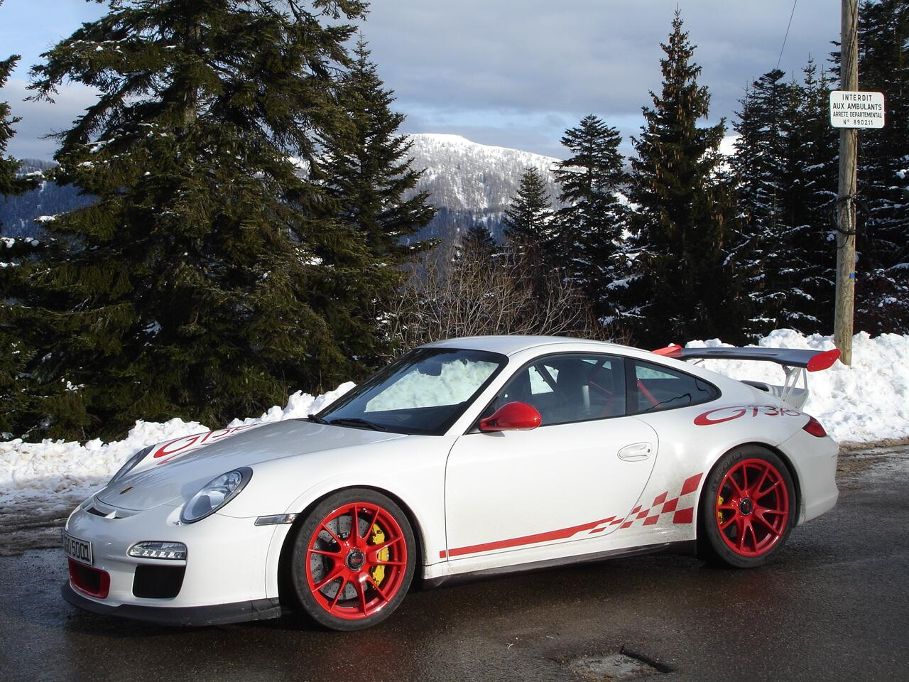 Monte Carlo is first round of #WRC & reminds us of the time a #Porsche 911 #GT3 RS drove the Col de Turini http://t.co/L18vwO4FC1