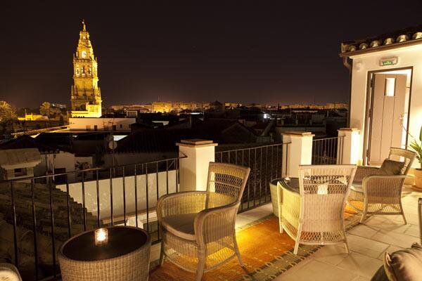 "Nostalgia de califato? RT @FotosCordoba: Ni Roma ni París. Córdoba romántica:) http://t.co/8Ky75MVa1W"" Hotel @BalcondeCordoba"