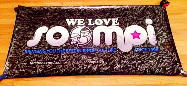 Thanks to all the NYC Soompiers that signed this awesome banner at the U-KISS concert! Soompi <3's New York! http://t.co/tglRzvxEqN