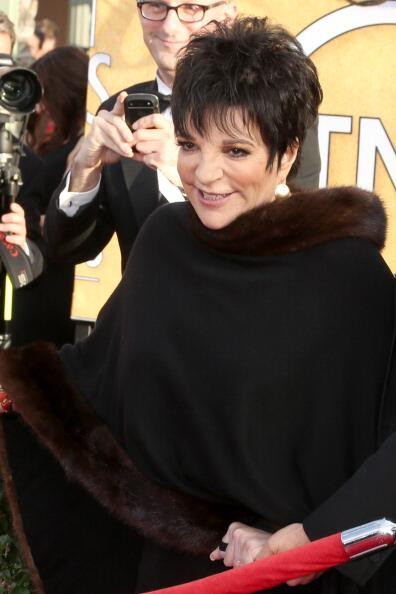 """@JarettSays: Liza gives me the dizzies #SAGawards #Lucille2 http://t.co/T9q8BfespD"" Queen ��"