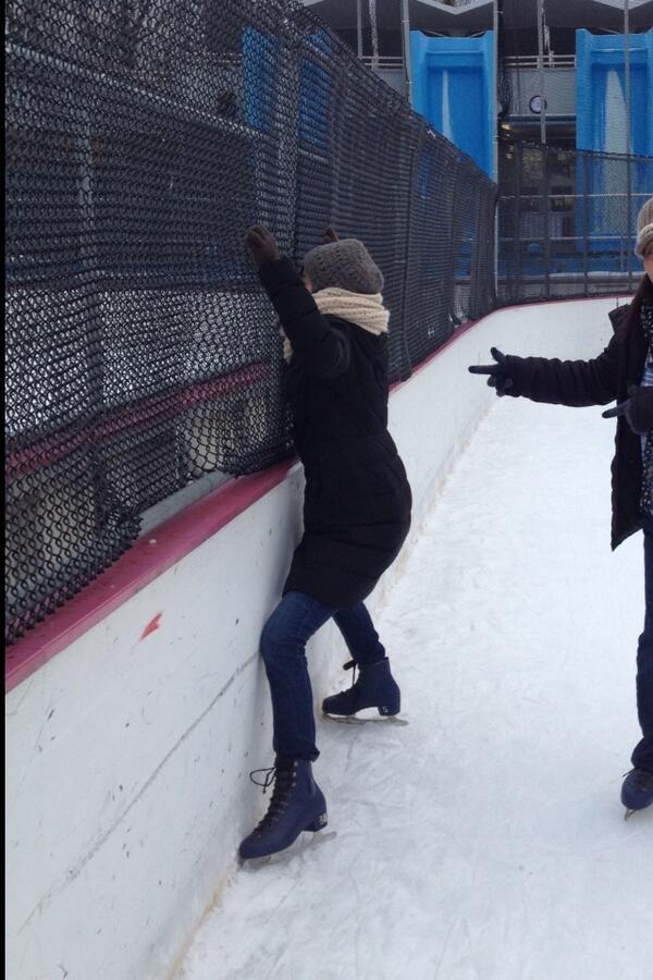 セントラルパークで、スケートに挑戦してみました。 http://t.co/wjUV78Rhr2