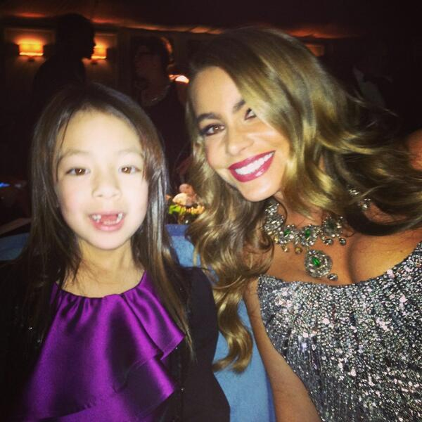 Two of the most beautiful ladies I've ever known @AubreyLily @SofiaVergara @sagawards #modernfamily http://t.co/WE0XvfHNuF