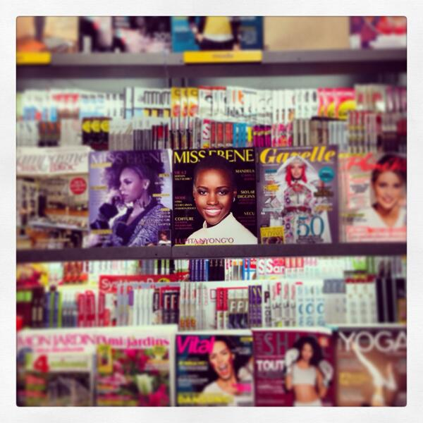 Just arrived back in France and the first welcoming face I saw was @Lupita_Nyongo http://t.co/15HlIEAHiA