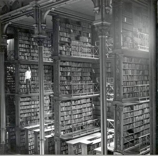 Old Cincinnati Library, circa 1900 http://t.co/CBaNyiOgNu