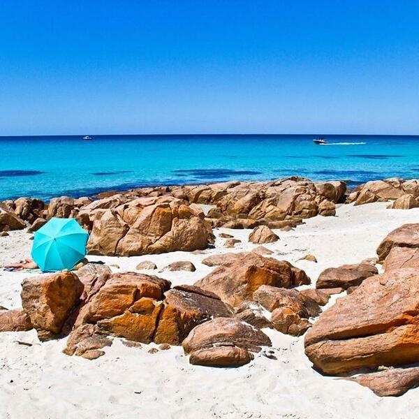 Dunsborough Beach in @WestAustralia, exactly where we would like to be right now! Photo: @discovermargaretriver http://t.co/BASGE3OAWM