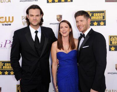 Jared, Danneel and Jensen at the CCA's http://t.co/nHkW5vOnp8