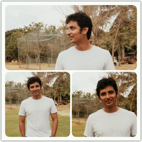 So here is @actorjiiva pic.. thx for d meet jiiva xD http://t.co/1wEnchXWkb