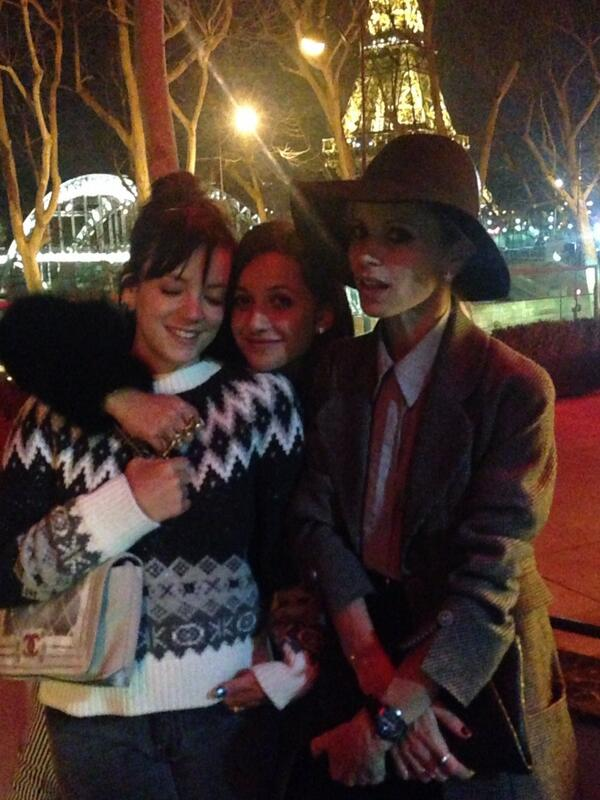 Paris sights. 2 pretty girls and Charlie Chaplin... @lilyallen