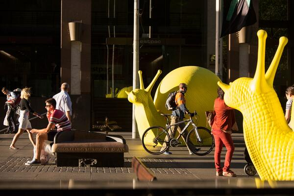 MT @cityofsydney: Calling artists, architects & arts orgs! $10-$80k for #artandabout http://t.co/5NEx5EHhTO http://t.co/e7ZhfirhzS
