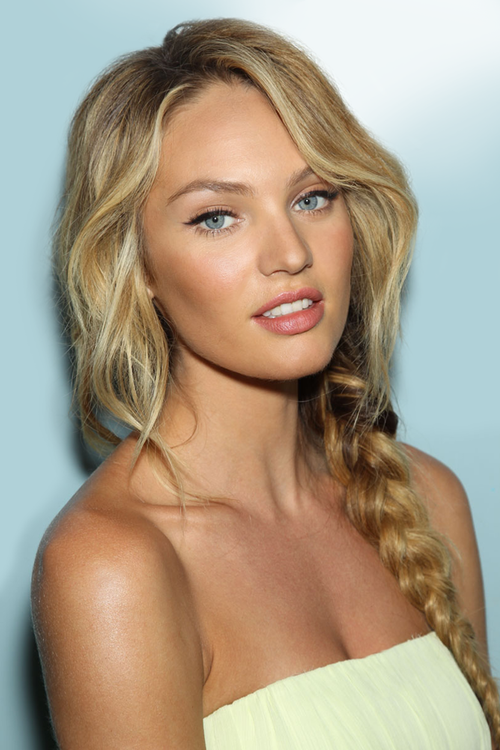 #models #CandiceSwanepoel #angel http://t.co/J15BBNY2fu