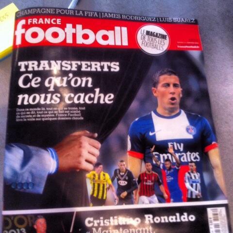 BefqHyNCAAA3Xp4 PSG ready to bid €80m for Chelseas Eden Hazard in the summer [France Football]